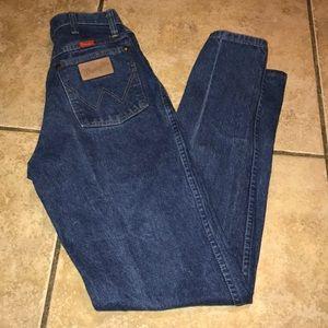 Vintage Wrangler High Waisted Mom Jeans size 24